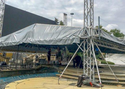 Tým Amden Event připravuje stage pro kulturní a sportovní program na Letní scéně Holešovice